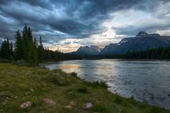 Athabasca flod Arkivfoto