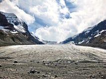 Athabasca glaciär Arkivfoton
