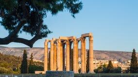Athen-cityscapeï ¼ ˆTemple von Zeusï-¼ ‰ Stockfotografie