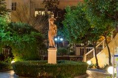 ATHEN, GRIECHENLAND - 20. JANUAR 2017: Nachtfoto des numismatischen Museums in Athen, Griechenland Stockfotografie