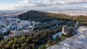 ATHEN, GRIECHENLAND - 20. JANUAR 2017: Panoramablick von Akropolis zu Stadt von Athen Lizenzfreie Stockfotos