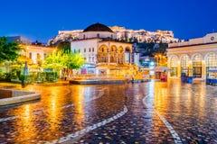 Athen-, Griechenland- - Monastiraki-Quadrat und Akropolis stockbilder