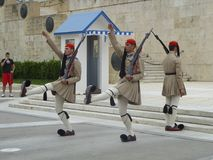 Athen-Militär schützt Stechschritt Lizenzfreie Stockfotos