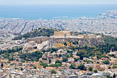 Athen-Stadtbild und Akropolishügel Lizenzfreie Stockfotografie