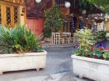 Athen Tavernas, geschlossen am Morgen lizenzfreie stockbilder