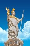 Athene de Pallas delante del parlamento austríaco imagenes de archivo