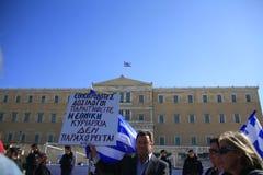 ATHENE, GRIEKENLAND, 28/10/2011 protesteert tijdens parade Royalty-vrije Stock Foto's