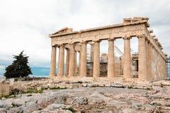 Athene, Griekenland - Februari 23, 2019: Oostelijke voorgevel van de Parthenon-tempel op de Akropolis van Athene, Griekenland stock fotografie