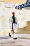 ATHENE, GRIEKENLAND - Juni 17: Evzones - eliteeenheid van de Griek Stock Fotografie