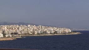 Athene Griekenland zoals die van een schip wordt gezien stock footage