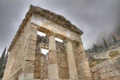 athens delphi реконструировал казначейство стоковое изображение rf