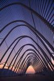 ATHENS/GREECE - 19 november 2011: Een zonsondergangmening van het moderne olympische stadion in Athene, Griekenland royalty-vrije stock foto's
