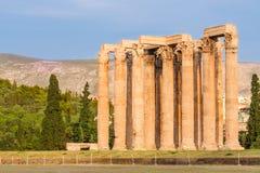 athens greece olympisk tempelzeus Fotografering för Bildbyråer
