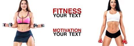 Athlète de femmes de forme physique avec des haltères Calibre, bannière ou affiche pour des annonces de sport Fond blanc photographie stock libre de droits