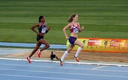 Athlètes dans les 800 mètres de l'événement de Heptathlon Photo libre de droits