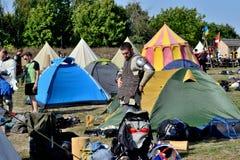 Athlètes de guerrier de camp préparation pour la bataille Image stock