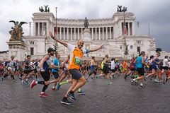 Athlètes participant au 23ème marathon à Rome Photo stock