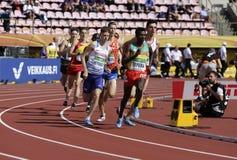 Athleten, die 1500 Meter in der Meisterschaft IAAF-Weltu20 in Tampere, Finnland am 10. Juli 2018 laufen lassen stockfotografie