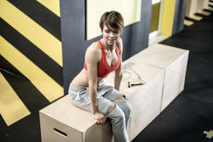 Athletic girl in gym Royalty Free Stock Photos