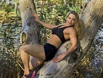 Athletische israelische Schönheit lizenzfreies stockbild