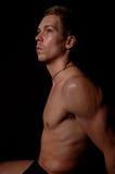 Athletischer blonder junger Mann in der Unterwäsche Stockbild