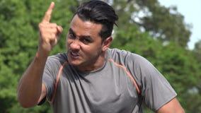 Athletischer hispanischer erwachsener Mann und Ärger stock video footage