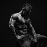 Athletischer junger Mann Stockbild