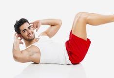 Athletischer Mann, der ABS tut Lizenzfreies Stockfoto