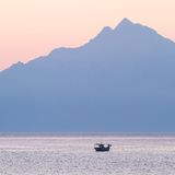 Athos Mountain på soluppgången Royaltyfria Bilder