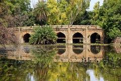 Athpula Brücke Lodi Gärten Neu-Delhi Indien Lizenzfreie Stockfotografie