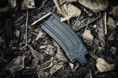 Atire no compartimento, nas armas e no equipamento militar para o exército, compartimento M4A1 da arma da espingarda de assalto Fotos de Stock Royalty Free