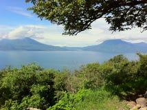 atitlan危地马拉湖 库存图片