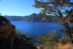 atitlan湖 免版税图库摄影