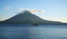 atitlan Guatemala jeziora Zdjęcia Royalty Free