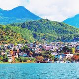 atitlan guatemala lake Royaltyfri Foto