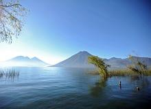 atitlan guatemala lake Royaltyfria Foton