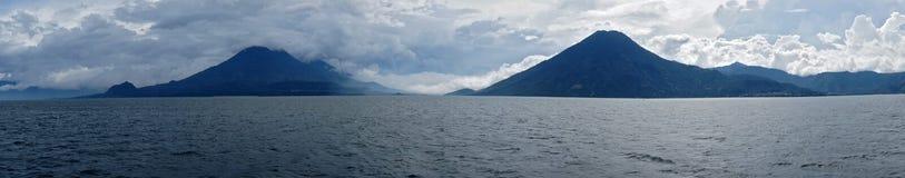Atitlan panorama/Guatemala Royaltyfri Fotografi