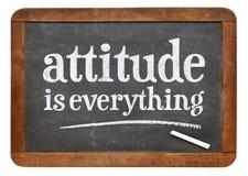 A atitude é tudo sinal do quadro-negro imagem de stock