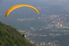 Atividade de salto de paraquedas Fotos de Stock