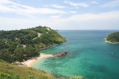 Atividade do turista na praia tropical da ilha de Phuket Foto de Stock