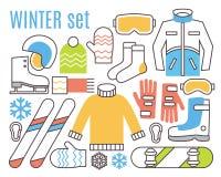 Atividades do esporte de inverno O Snowboard, esqui e aquece-se ilustração stock