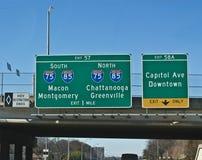 Atlanta autostrady Międzystanowi znaki fotografia stock