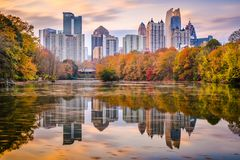 Atlanta, Georgia, USA Piedmont Park skyline in autumn. On Lake Meer at dusk stock image