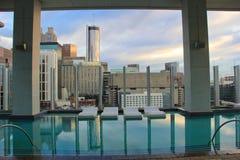 Atlanta hotellsimbassäng Royaltyfri Foto
