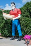 ATLANTA, IL - JULY 14, 2014: The Paul Bunyan holding a hot dog statue royalty free stock photos