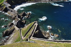 Atlantic baskijski wybrzeże. Gaztelugatxe, Hiszpania Obrazy Stock