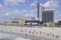 Atlantic City, le 4 août : Plage de station de vacances d'Atlantic City dans le New Jersey Photos stock
