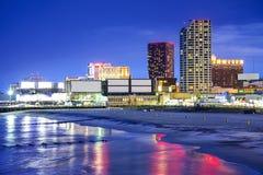 Atlantic City som är nytt - ärmlös tröjacityscape arkivbild