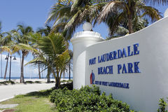Atlantic Ocean View. Fort Lauderdale, FL, USA - July 24, 2014: Wide view of Fort Lauderdale Beach Park in large white sign in front of the Atlantic Ocean Royalty Free Stock Photos