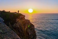 Atlantik-K?ste bei Sonnenuntergang, Algarve, Portugal lizenzfreies stockbild